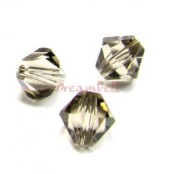24x Swarovski Elements Xilion Crystal 5328 / 5301 Greige 5mm