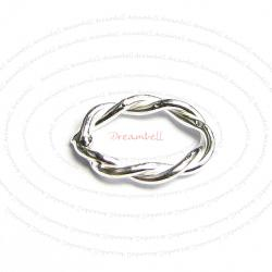 10x Sterling Silver Closed Oval Twist Jump ring 10.6mm x 7.5mm